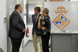 Isern reabre la oficina de denuncias de Son Gotleu tras la reivindicación vecinal