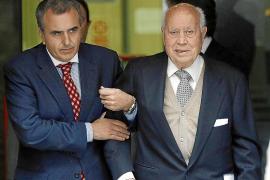 Ruz imputa a Lapuerta por dejar que Bárcenas se llevase 'dinero B' del PP