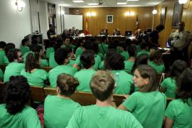 Camisetas verdes en los juzgados