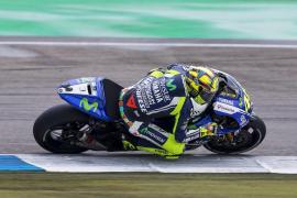 Valentino Rossi correrá con Yamaha dos temporadas más