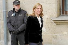 La defensa de la Infanta critica al juez por mantener su imputación «a toda costa»