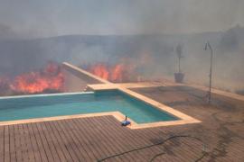 Un juego de niños, posible causa del incendio declarado en la urbanización de Puntiró