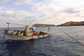 El Govern abre una línea de ayudas a los pescadores de 241.000 euros