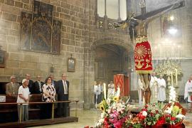 El Crist de la Sang es venerado por cientos de fieles en Palma