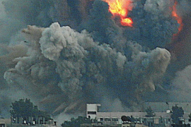 Israel ataca Gaza y Hamás lanza cohetes en Jerusalén y Tel Aviv