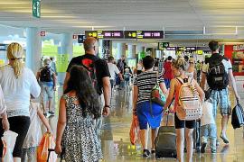 Son Sant Joan superará este verano los tres millones de pasajeros en cuatro meses