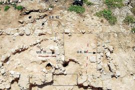 La excavación del yacimiento del Illot de na Galera busca apoyo social