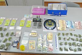 Desarticulado un punto de venta de droga en la zona de ocio de Cala Rajada
