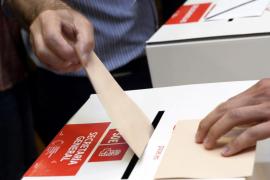 La participación para elegir al líder del PSOE era del 52% a las 18.00 horas