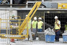 Acciona evalúa los daños del parón de las obras en el Palacio de Congresos