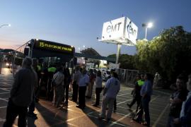 Cort destaca el retraso de los autobuses por los piquetes