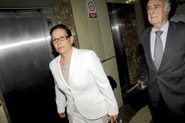 El juez abre el juicio del 'caso Funeraria' contra Oscar Collado, su mujer y Marina Sans