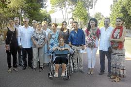 El pueblo rinde tributo al pintor Miquel Vives con un paseo en Cala Bona