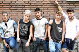 «Nos va muy bien el éxito de One Direction, fomenta las 'boy band'»