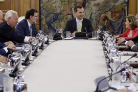 El Rey afirma ante al Gobierno que España es capaz de superar todos sus retos