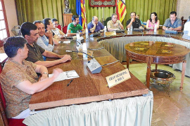 Críticas de la oposición a la apertura del gimnasio municipal