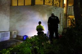 Hopitalizado un joven tras precipitarse desde el balcón de un hotel