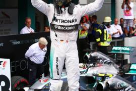 Rosberg vence en Alemania, donde Alonso termina quinto