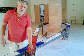 Horacio Sapere inicia un viaje simbólico e infinito por el tiempo y el espacio