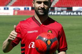 Cristián Bustos, presentado como nuevo jugador del Real Mallorca