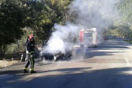 Incendio de un coche en Escorca sin causar heridos