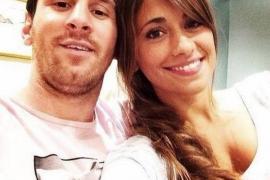 Messi y su novia de vacaciones en Italia