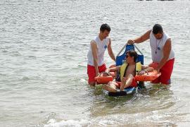 Costas denuncia la rampa de acceso para minusválidos de las playas del Moll