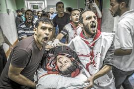 Un bombardeo de Israel en una escuela de la ONU deja 17 muertos