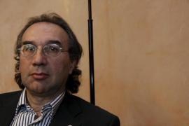 March: «Mi cese se ha debido a presiones externas a la UIB»