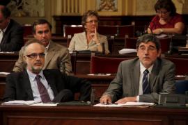 Manera presenta a la Fiscalía un contrato del Pacte para desbaratar una acusación del PP