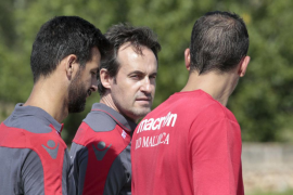 Miquel Soler convoca a los siete nuevos fichajes ante el Núremberg