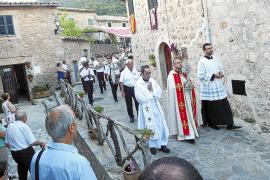 Valldemossa se engalana para rendir tributo a Santa Catalina Tomàs