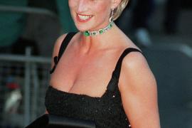 Pagan 230.000 euros por un vestido de Diana de Gales
