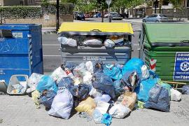 Emaya destina personal de limpieza a la recogida de contenedores de basura