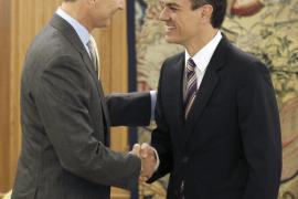 Felipe VI y Pedro Sánchez se reúnen en el Palacio de la Zarzuela