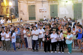 Felanitx despide con velas a Isabel Barceló, asesinada por su expareja
