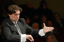 Pablo Mielgo acompañará a Hattori en el triunvirato que dirigirá la Simfònica
