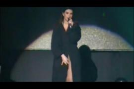 Laura Pausini en su concierto en Perú