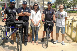 Cala Millor recupera la policía con bicicleta para mejorar la atención y seguridad