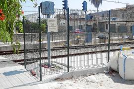 El Ajuntament de Lloseta exige a SFM una alternativa al paso a nivel del tren