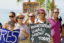 El Gobierno retrasa la reforma de la ley del aborto hasta finales del verano