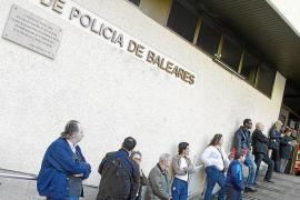 La policía expedienta ya en catalán al agente que lo solicitó