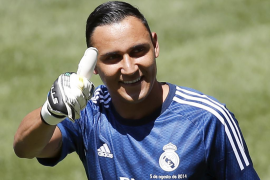 Florentino presenta a Keylor Navas como nuevo portero del Real Madrid