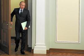 Putin prohíbe importaciones de los países que apoyaron las sanciones contra Rusia