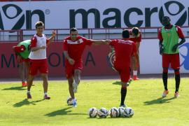 Miquel Soler se lleva 20 jugadores a Cartagena