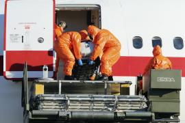 El sacerdote contagiado con ébola se mantiene «estable» y sin hemorragias
