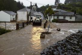 La lluvia provoca inundaciones en la Península