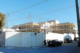 El pleno aprueba solicitar una reforma integral del colegio Joan Mas i Verd