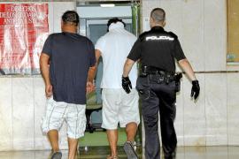 A prisión cinco de los ocho detenidos de la banda de butroneros