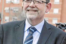 El PSOE quiere poner un límite legal a la deuda de los partidos
